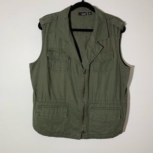 A.N.A Cargo vest olive green XL